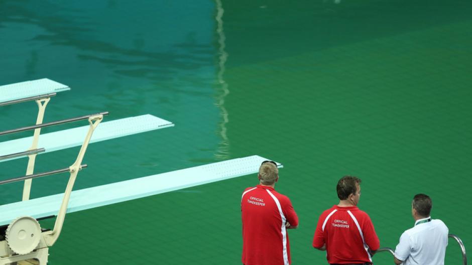 El color del agua no representa ningún riesgo para los atletas, según informaron los organizadores. (Foto: actualidad.rt.com)