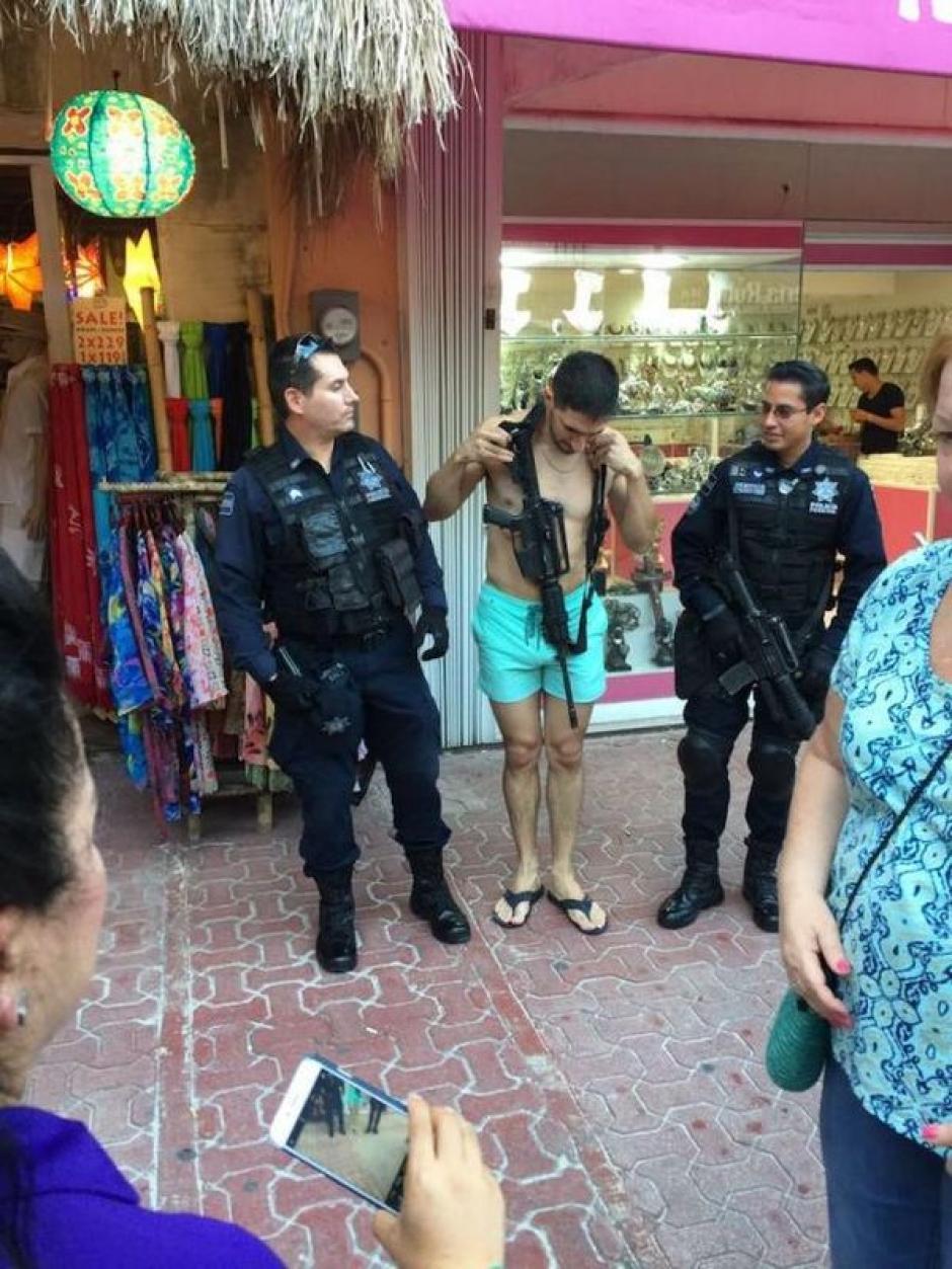 Playa del Carmen es uno de los lugares donde han habido fuertes operativos policiales. (Foto: infobae)