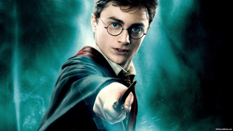 El actor inglés encarnó al famoso mago adolescente. (Foto: playbuzz.com)
