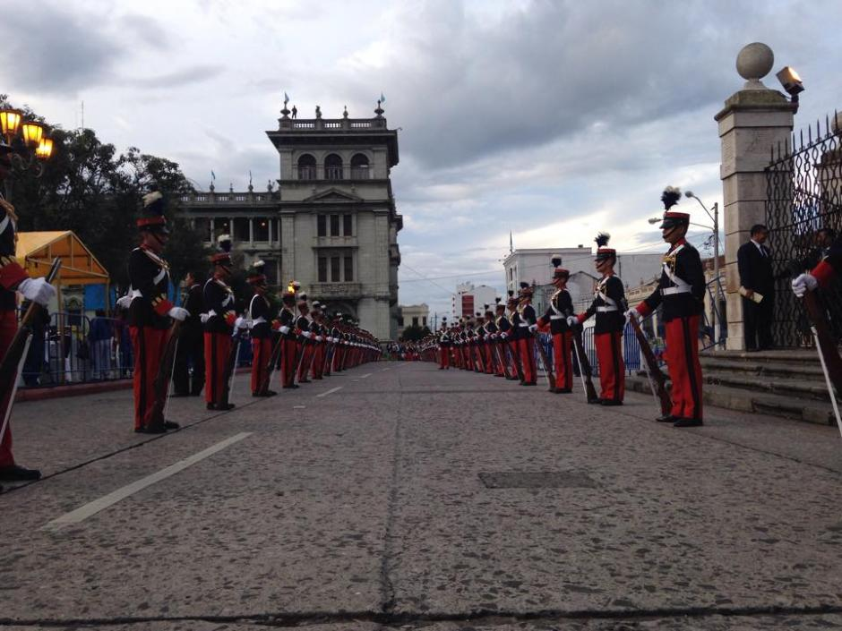 En el Centro Histórico se vivió una fiesta previo a los actos de Independencia. (Foto: Fredy Hernández/Soy502)
