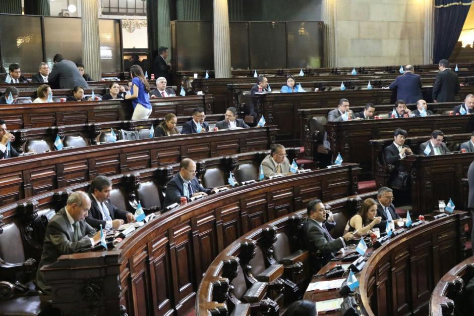 Los diputados pospusieron la decisión para el lunes. (Foto: Alejandro Balán/Soy502)