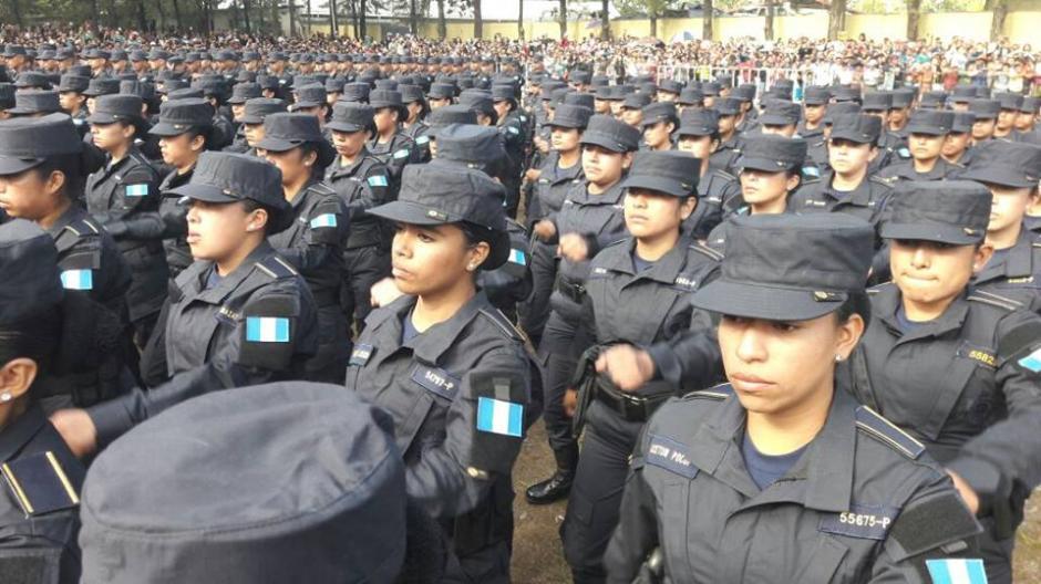 314 mujeres se incorporan a la PNC. (Foto: PNC)