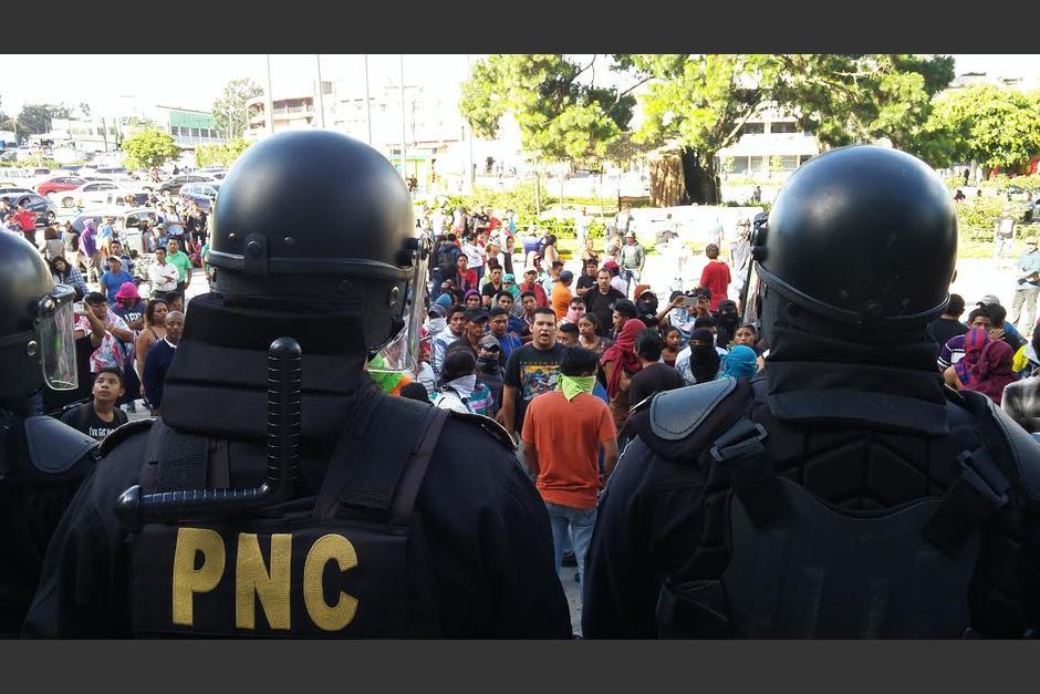 La propuesta contempla prisión de 5 a 10 años para los responsables de que participen los menores en manifestaciones. (Foto: Archivo/Soy502)