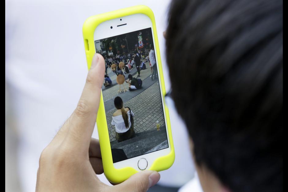 Pokémon Go es jugado por millones de personas alrededor del mundo. (Foto: EFE)