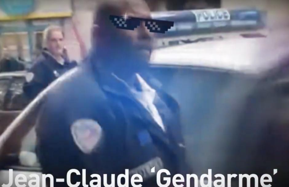 No te metas con un agente policial con esa decisión y fuerza. (Captura de pantalla de RT)