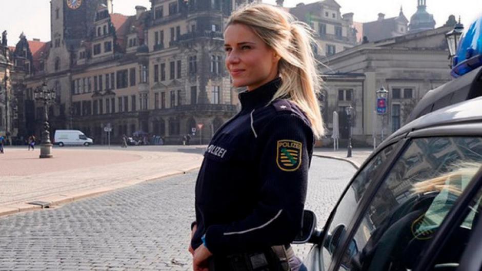 Ella es Adrienne Kolesza la policía más sexy de Alemania. (Foto: Instagram/Adrienne Kolesza)