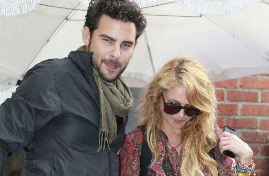 Paulina Rubio y Gerado Bazúa se conocieron en 2013 en el concurso televisivo La Voz México. (Foto: esmas.com)