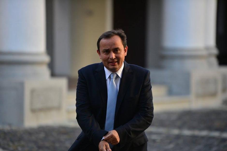 Roberto González también formó parte de la firma del Acuerdo de Chapultepec. (Foto: Wilder López/Soy502)
