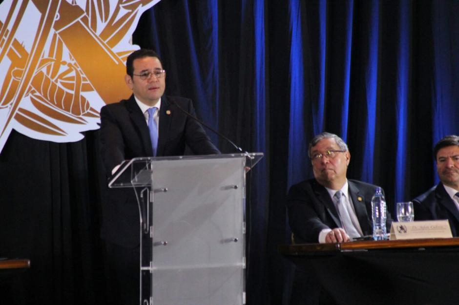 El presidente Jimmy Morales se mostró sentimental durante su discurso. (Foto: Alejandro Balán/Soy502)