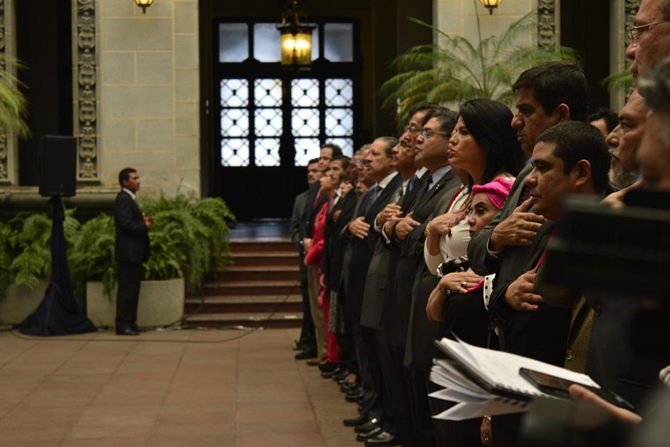 Pidió un aplauso a los presentes para el vicepresidente. (Foto: Alejandro Ortiz /Soy502)