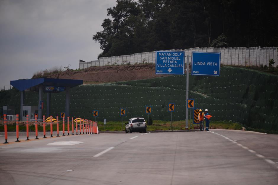 Varias señales de tránsito se colocaron en todo el tramo. (Foto: Wilder López/Soy502)