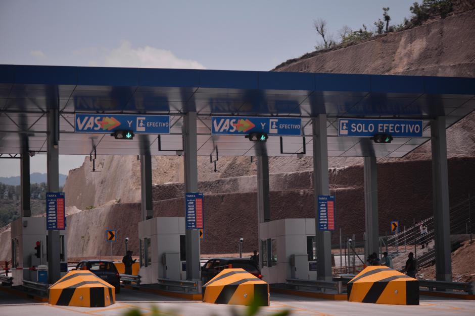 El pago del peaje se hace en las garitas ubicadas en tres puntos. (Foto: Wilder López/Soy502)