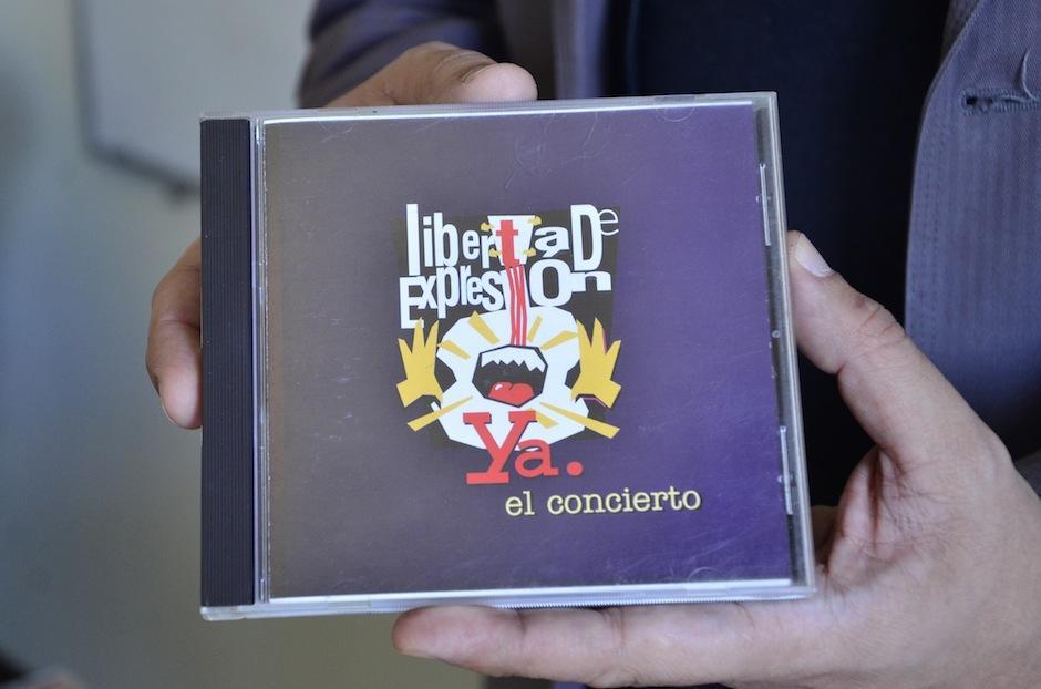 Su primera publicación fue en formato CD. (Foto: Selene Mejía/Soy502)