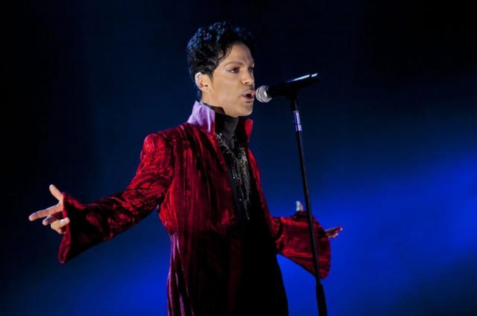 Prince durante un concierto en el Festival de Sziget en Budapest, Hungría. (Foto: EFE)