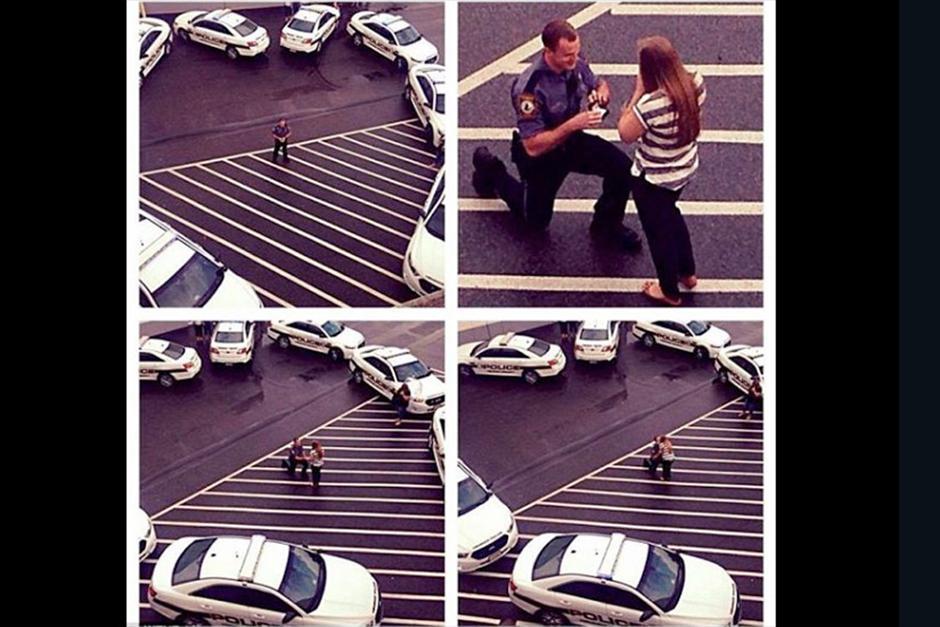Los amigos policías ayudaron para hacer un corazón gigante con ayuda de las patrullas. (Foto: Video)