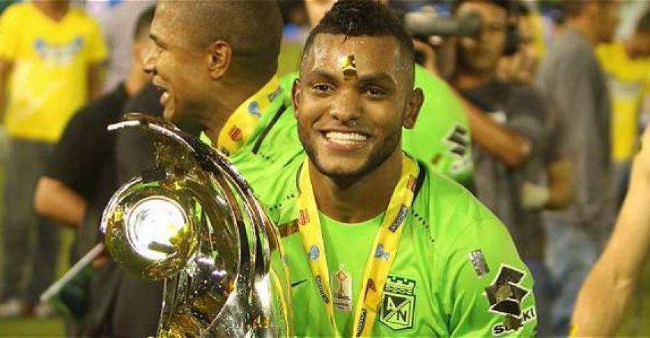El delatero Miguel Borja fue agredido tras la final de la Copa Colombia. (Foto: Twitter)