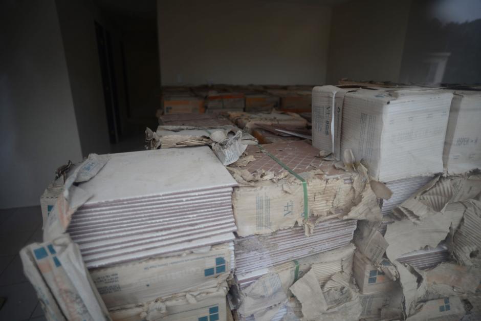Algunas casas guardan materiales que utilizará la nueva empresa. (Foto: Wilder López/Soy502)