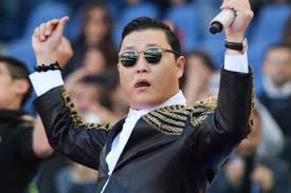 """El extravagante cantante Psy alcanzó el estrellato mundial en 2012 después que el videoclip de """"Gangnam Style"""". (Foto: Google)"""