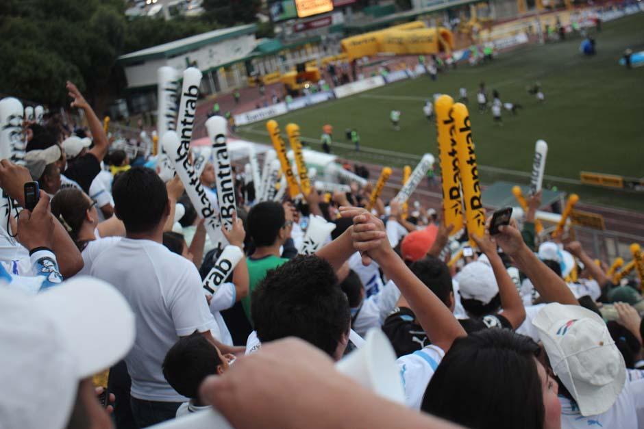 El entusiasmo del equipo local se vió desde antes del partido de la final contra Heredia, equipo que lleva la ventaja del marcador de 2 goles a cero obtenida en el partido de ida. (Foto: José Dávila/Soy502)