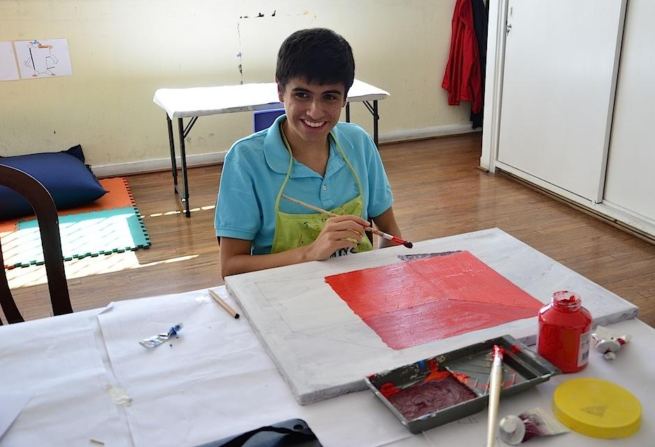 Diego es un apasionado de los pinceles. (Foto: Selene Mejía/Soy502)