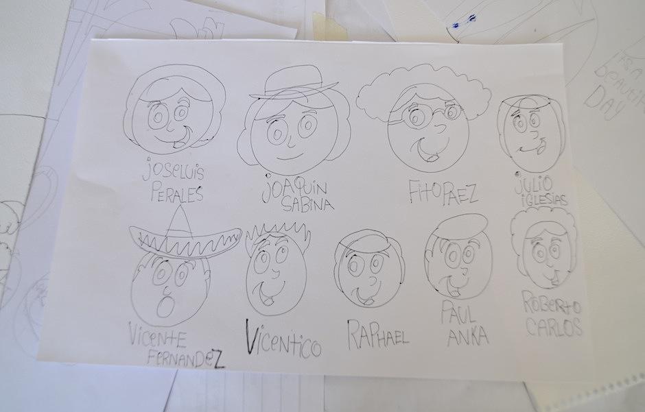 Los dibujos de Keneth exaltan a sus músicos favoritos. (Foto: Selene Mejía/Soy502)