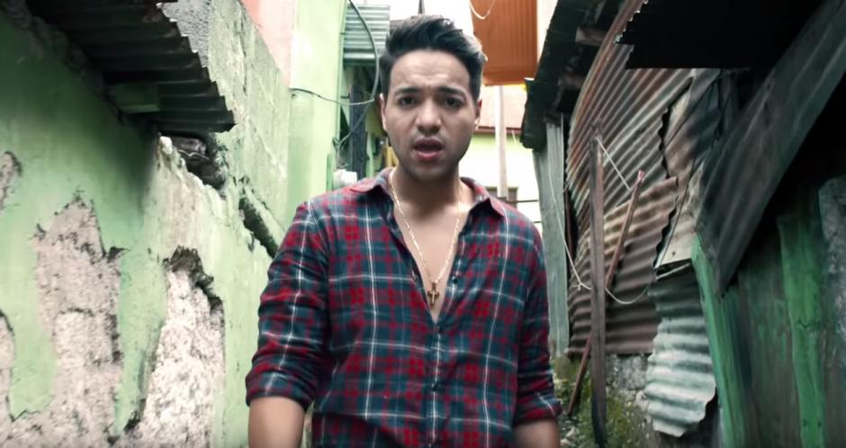 El clip fue grabado en Flores, Petén. (Foto: Youtube)