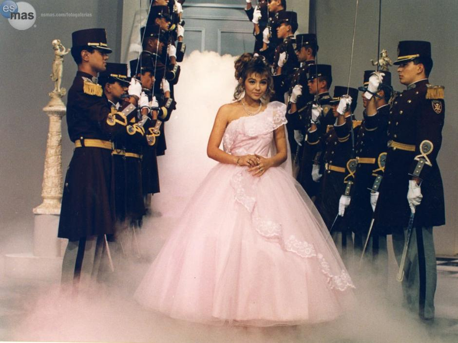 Thalía protagonizó la novela Quinceañera  en 1988. (Foto: Twitter)