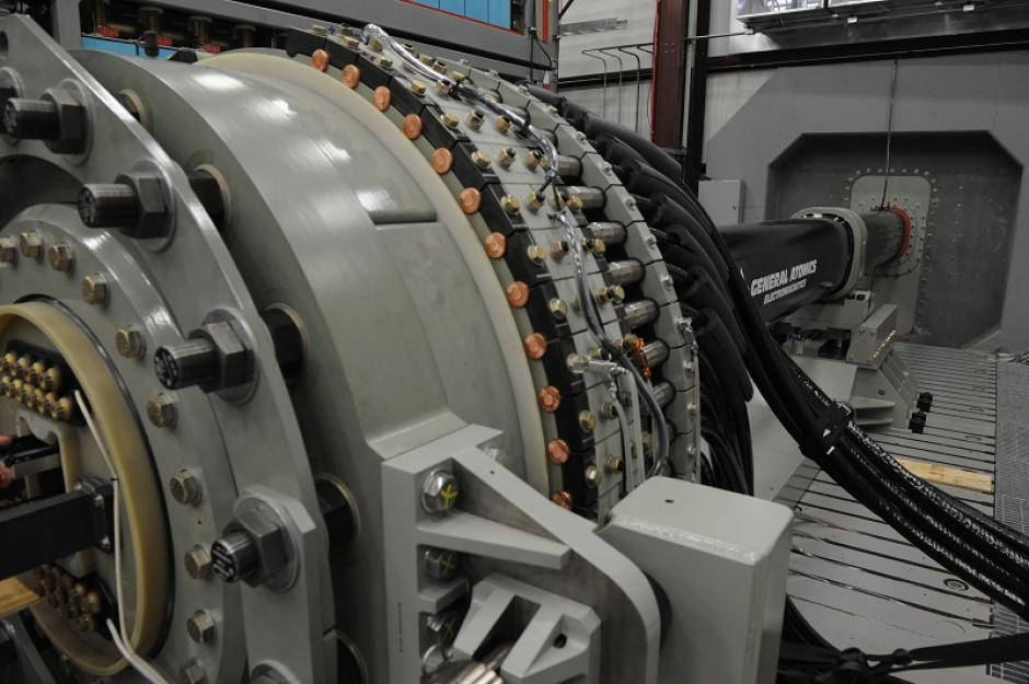 La oficina donde se encuentra un prototipo de cañón de riel de la Investigación Naval. (Foto: Armada EE.UU.)
