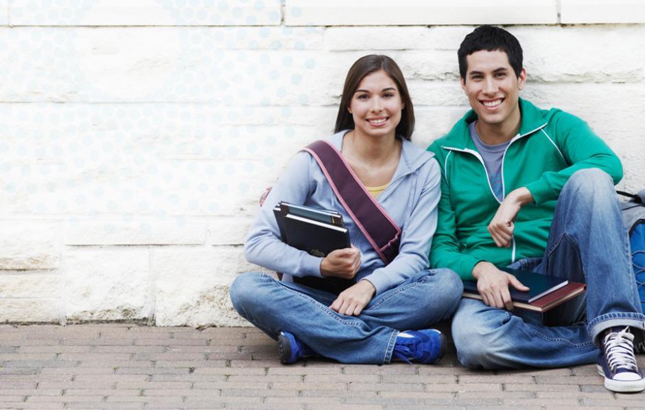 Entre tanto, los hombres pueden encontrar el amor en las aulas donde se imparten las carreras de Economía, Medicina e Ingeniería. (Foto: Rainbow)