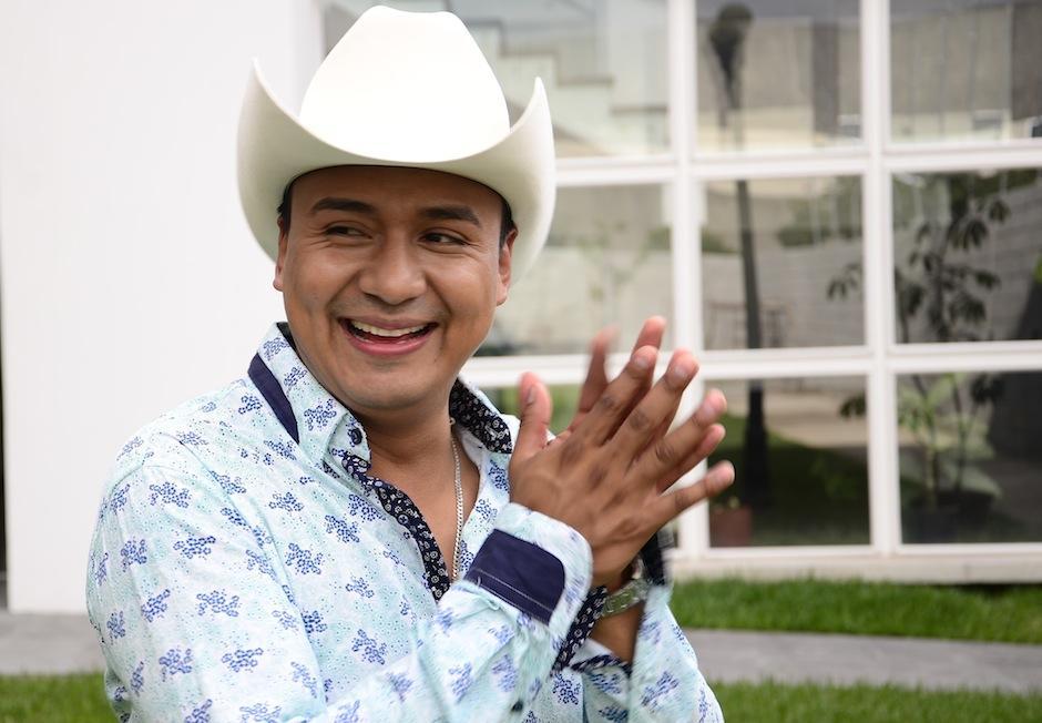 El carisma de Raúl Raymundo se refleja donde quiera que va, su voz a ganado el respeto de grandes músicos mexicanos. (Foto: Selene Mejía/Soy502)