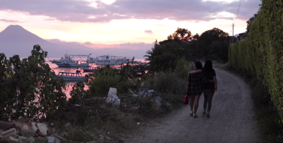 El tema habla acerca del amor sin miedos, fronteras o barreras. (Foto: Youtube)