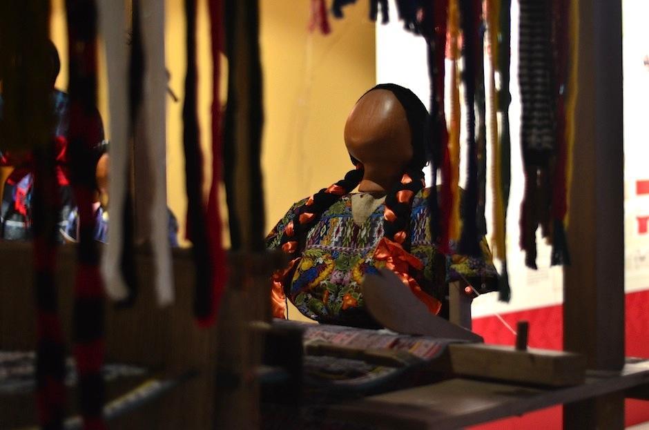 En el país se sigue usando el telar de cintura y el telar de pie. (Foto: Selene Mejía/Soy502)