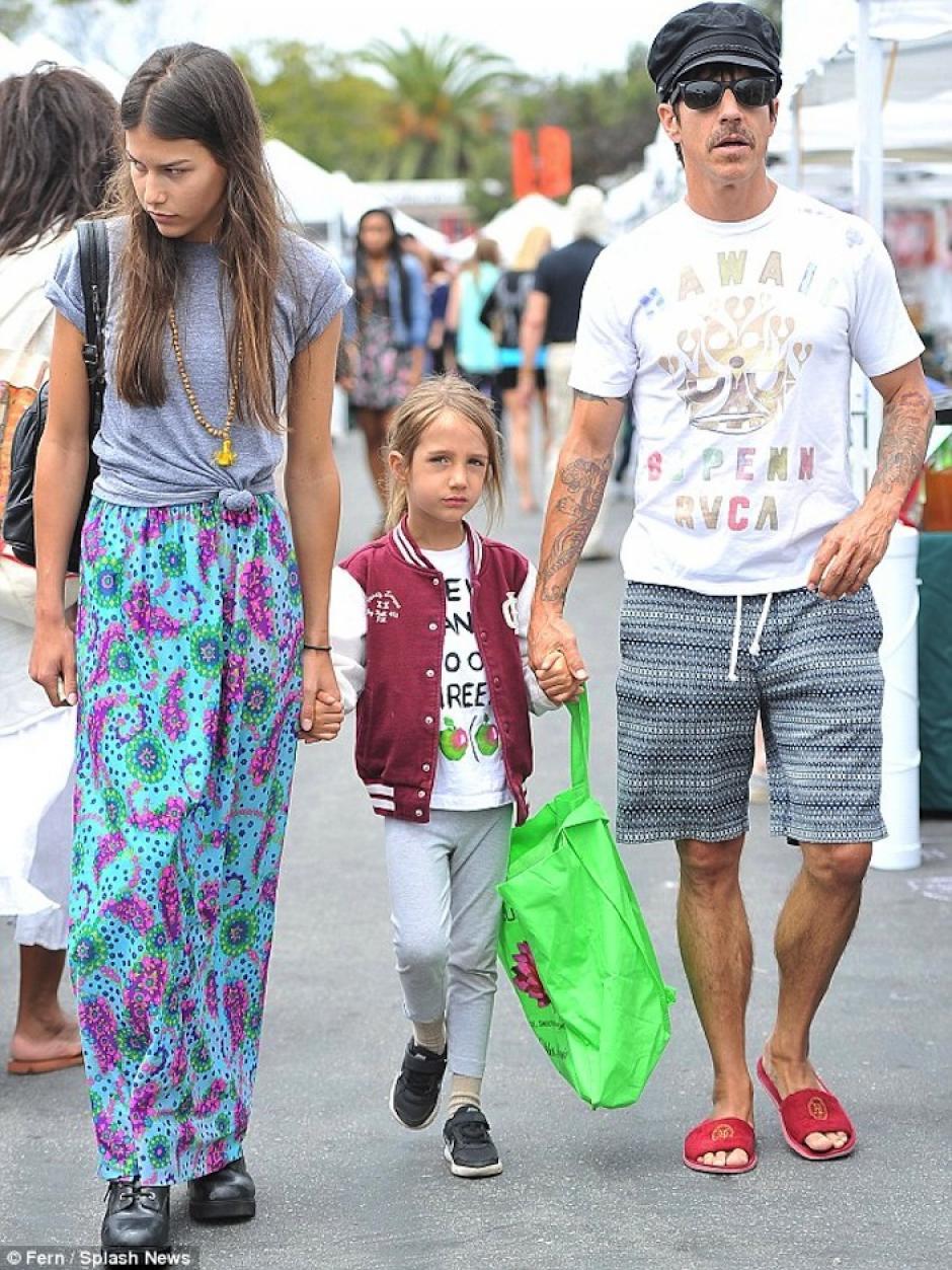 Juntos se paseaban con el hijo del músico. (Foto: Mail Online)