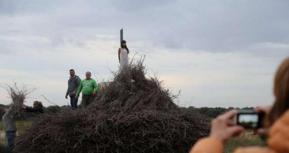 El atardecer se fue posando en el performance de la guatemalteca. (Foto: La Repubblica)