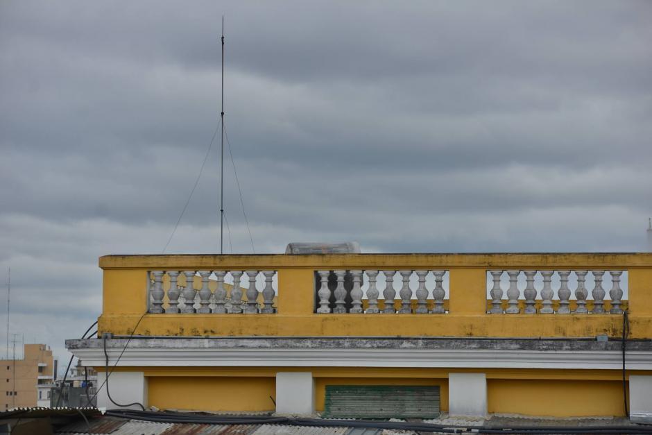Este es el pararrayos que le costó al Registro General de la Propiedad 2.4 millones de quetzales. (Foto: Wilder López/Soy502)