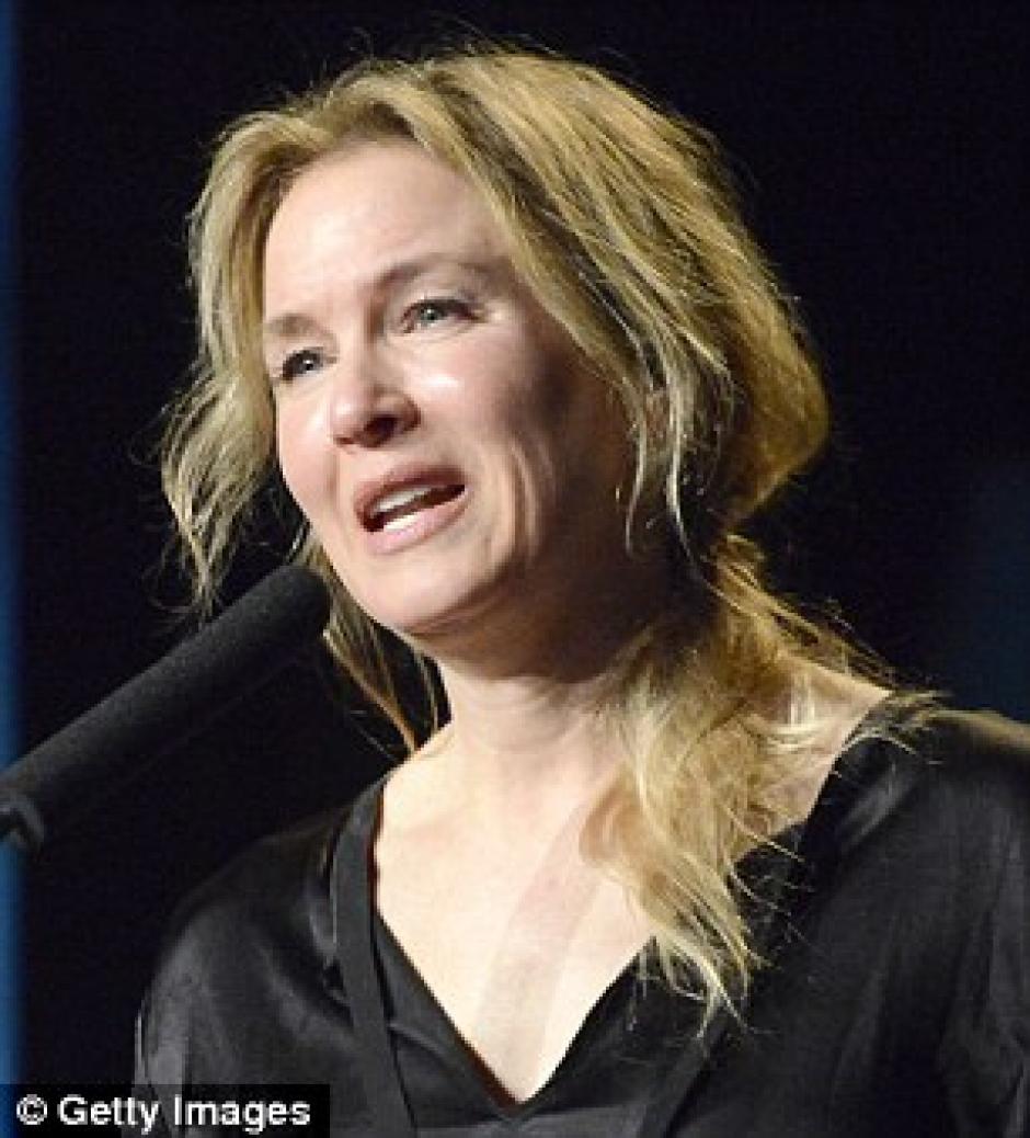 Esta fotografía demuestra la evolución del rostro de la actriz. (Foto: Pacific Coast News)