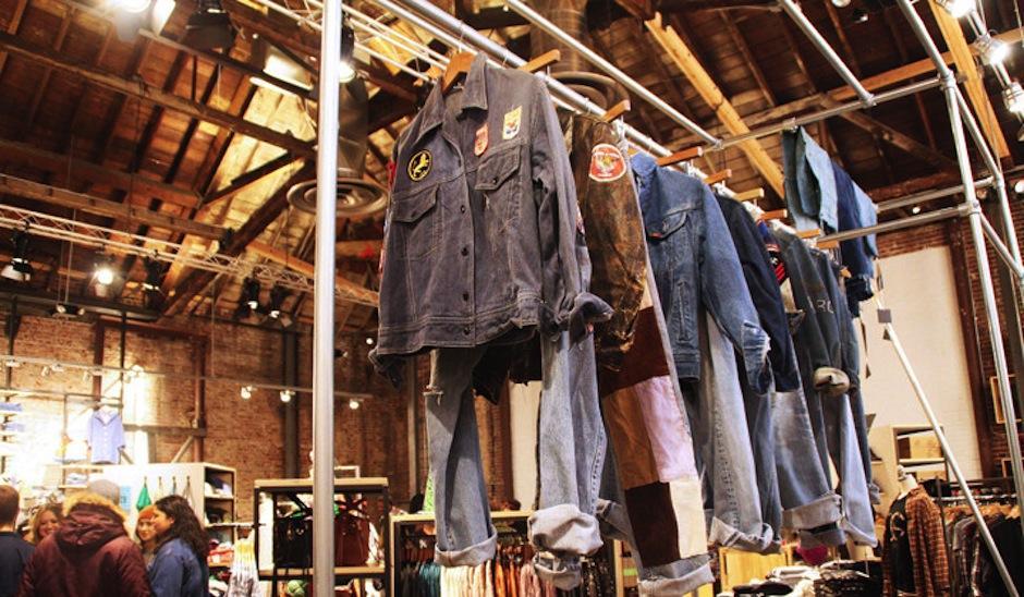 Analiza cuál es el estilo que más te define, pide asesoría de expertos. (Foto: Urban Outfitters)