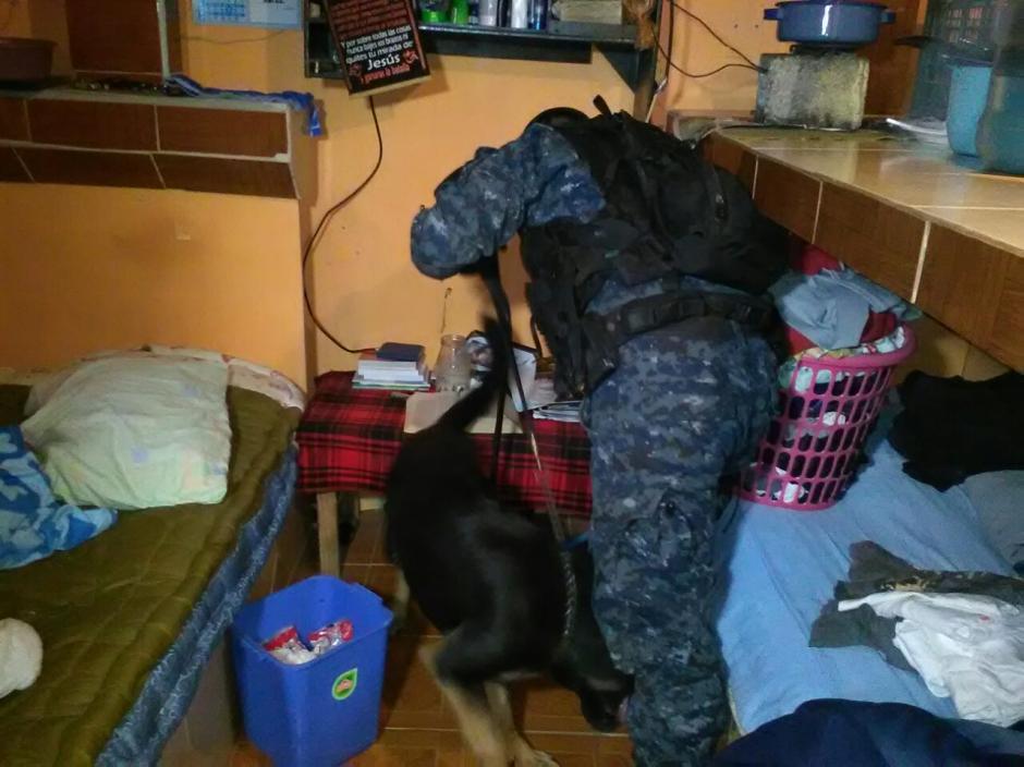 Las autoridades buscan ilícitos, así como el aseguramiento del penal.  (Foto: PNC)
