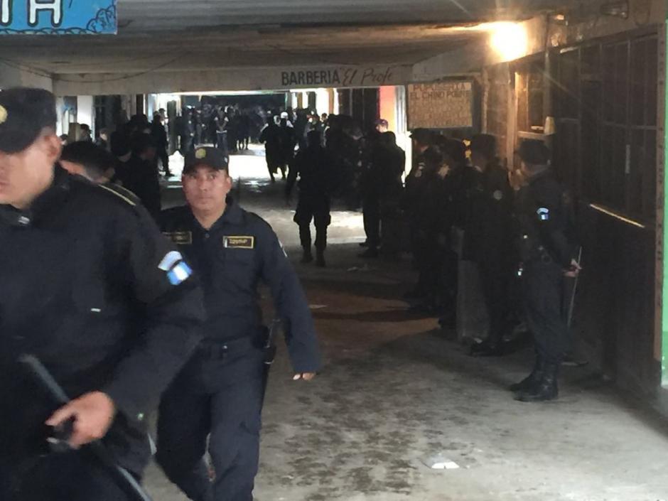 Las autoridades buscan las armas que ingresaron a Pavón. (Foto: PNC)
