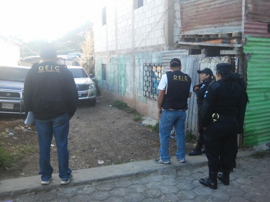 Las autoridades rescataron a seis menores de edad que aparentemente eran obligados a pedir limosna. (Foto: PNC)