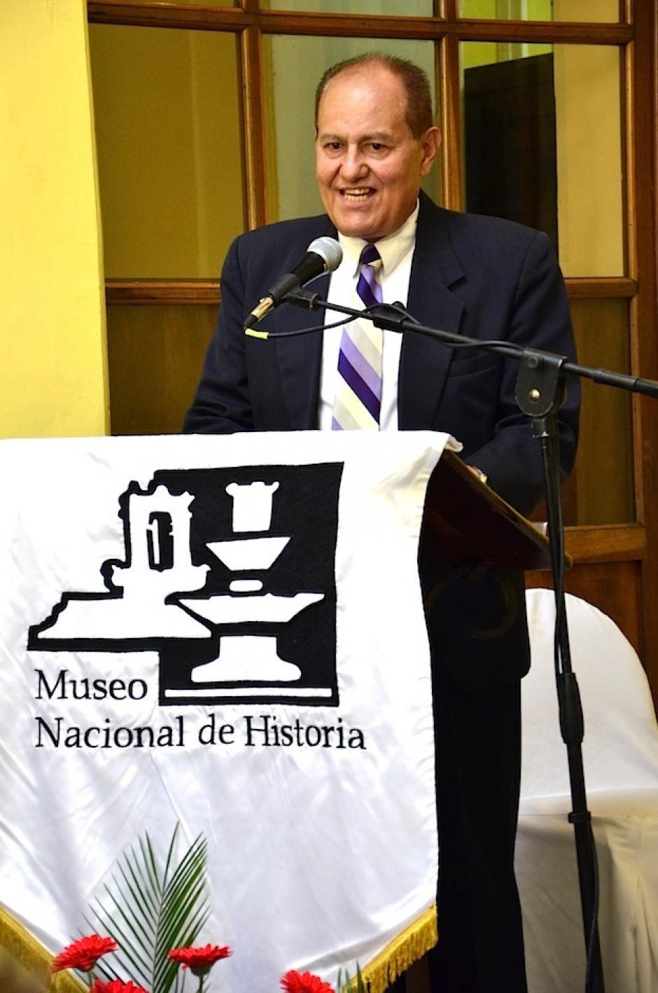 Miguel Álvarez, director del Museo Nacional de Historia expone la importancia de conservar este recinto. (Foto: Selene Mejía/Soy502)