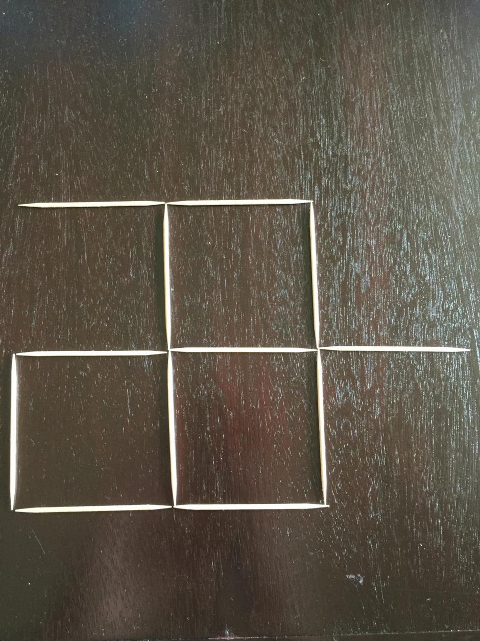 Los participantes no pueden juntar dos palillos para formar un lado. (Foto: 20 minutos)