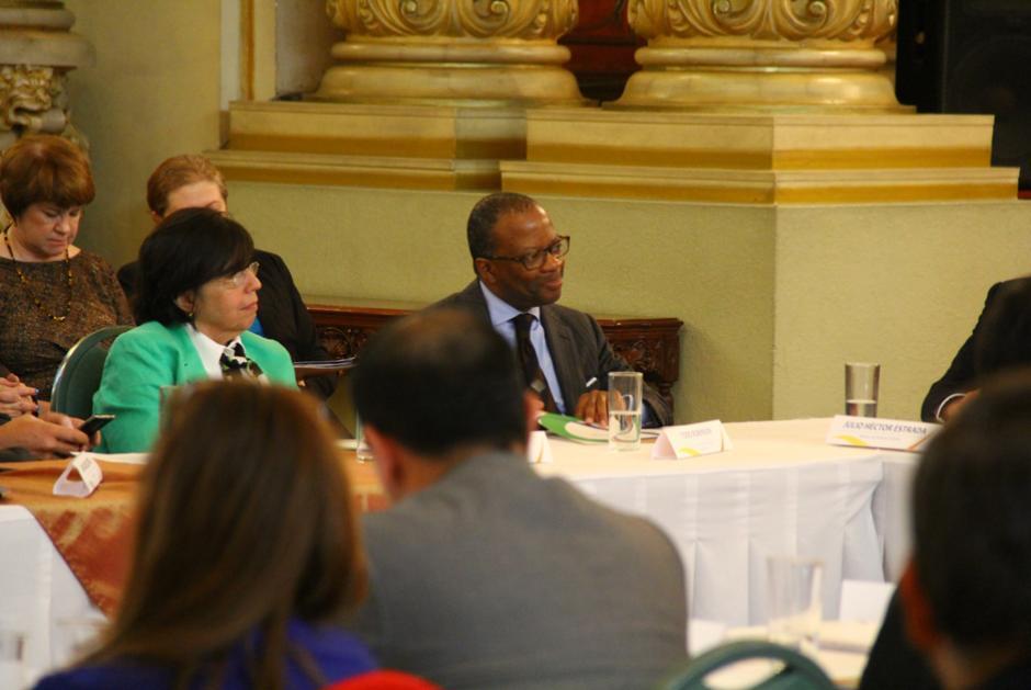 Entre los asistentes, se encontraba el embajador de EE.UU. (Foto: Alejandro Ortíz/Soy502)