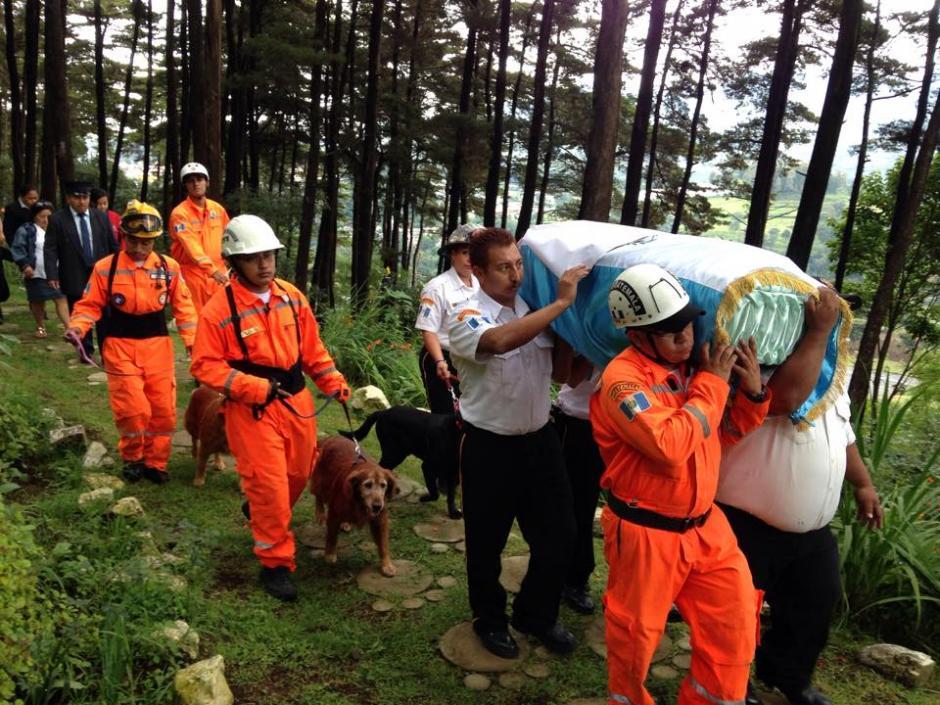 """""""Rex"""" fue enterrado en el Cementerio de mascotas Los Rosales en Santa Lucía Milpas Altas, Sacatepéquez. (Foto: Fredy Hernández/Soy502)"""