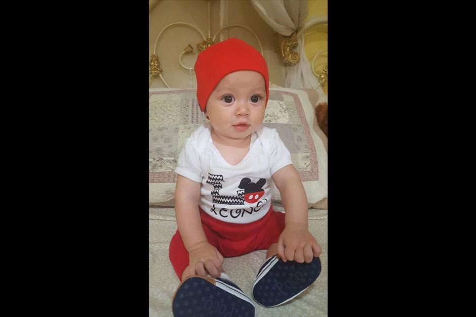 El pequeño de ocho meses le fue arrebatado a Reyes el 16 de julio en Villalobos II, zona 12 de Villa Nueva. (Foto: Facebook)