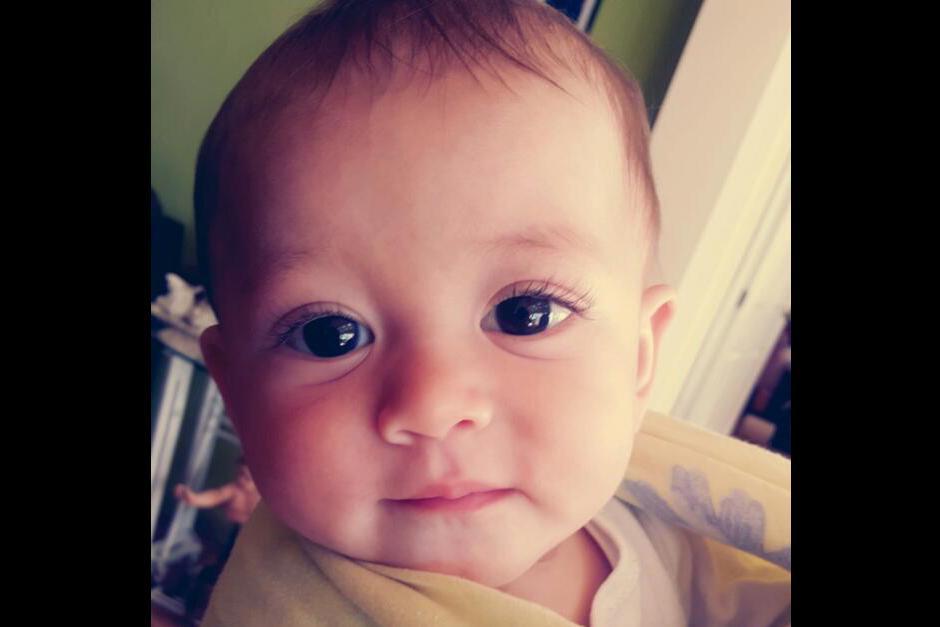 Alejandra viajó a Estados Unidos para intentar recuperar a su pequeño de ocho meses. (Foto: Facebook)