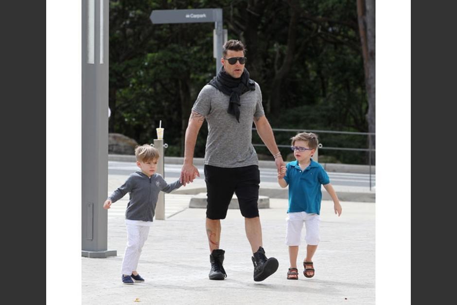 Ricky Martin alquiló un vientre para concebir a Matteo y Valentino. Saben tres idiomas y son el centro de la vida del cantante.