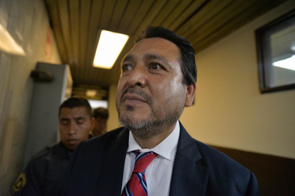 Al concluir la audiencia, Rivera señaló que seguirá apoyando el sistema de Justicia. (Foto: Wilder López/Soy502)