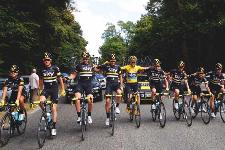 El equipo Sky está envuelto en una polémica sobre uso de tecnología en Tour de France. (Foto: Road)