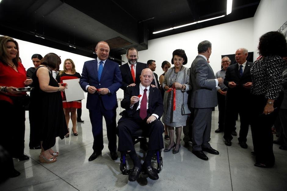 El sociólogo Virgilio Álvarez afirma que el premio debía ser para artistas plásticos. (Foto: MICUDE)